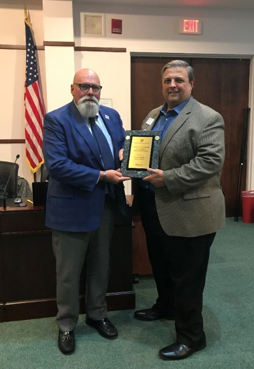 2019 12 03 Mayor and Piet finance award cropped